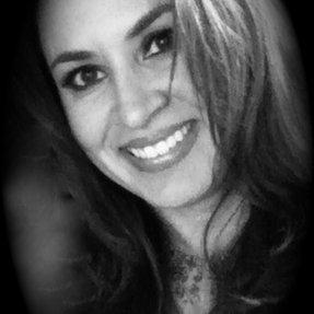 Suzanne S | Social Profile