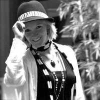 Dorothy Lovy | Social Profile