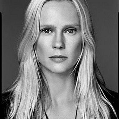 Tiina Laakkonen | Social Profile