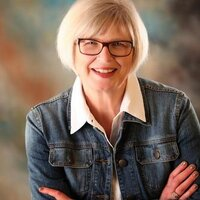 Ruth Fidino | Social Profile