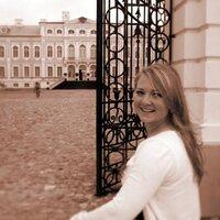 Laura Raumane | Social Profile