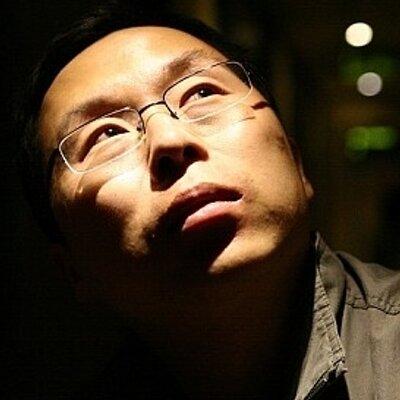 心飞扬 | Social Profile