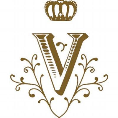Victoire | Social Profile