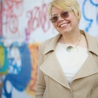 Shel Kimen | Social Profile