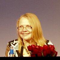 Debbie Hindle | Social Profile