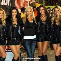 Kelly Louch | Social Profile