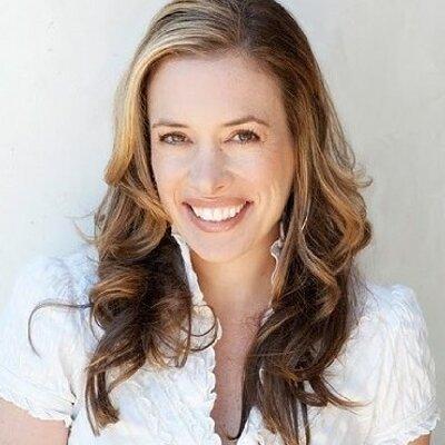 Victoria Colligan | Social Profile