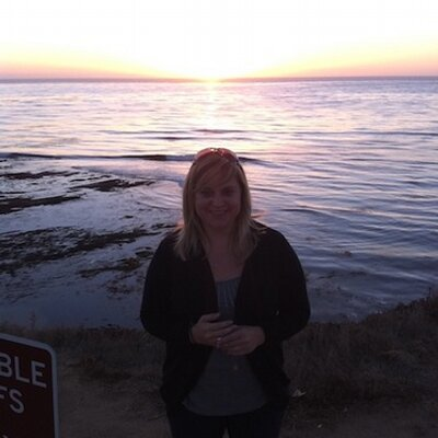 Ashley Lowe   Social Profile