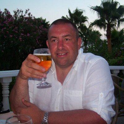Jon Rowe  | Social Profile