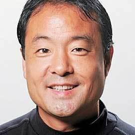 Tim Kawakami Social Profile
