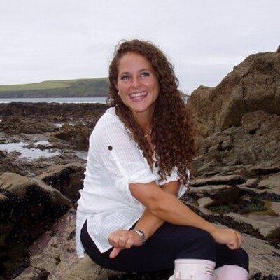 Amelia Locke | Social Profile