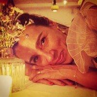 Patricia Casé   Social Profile