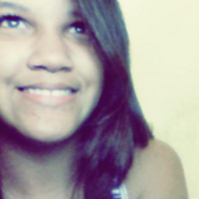 Carol Souza   Social Profile