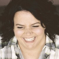Jen Ray | Social Profile