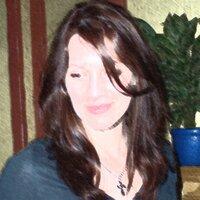Carolyn Harlow   Social Profile