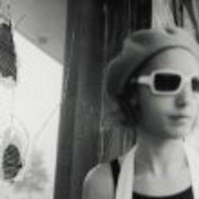 Lori Holtz | Social Profile