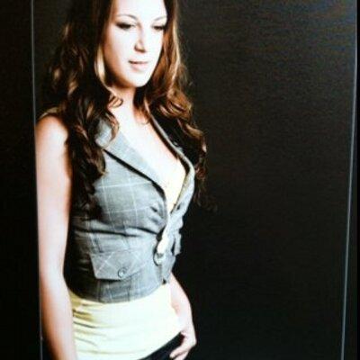 Victoria Leto | Social Profile
