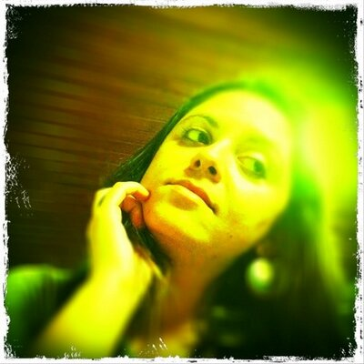 Mariana Alencar | Social Profile