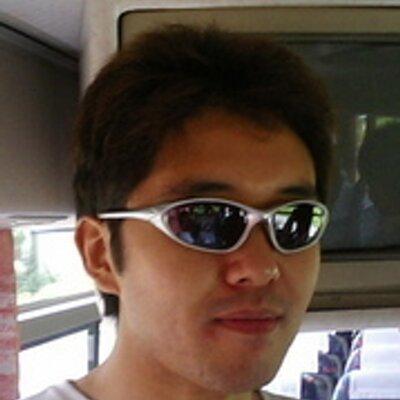 Toshiaki Nakazawa   Social Profile