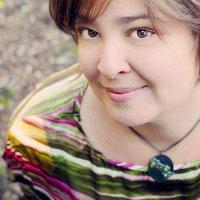 Megan Potter | Social Profile