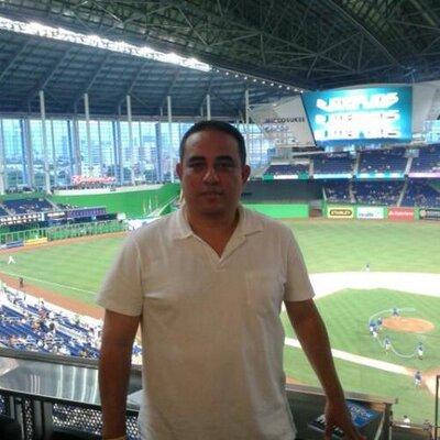 Miguel Reyes | Social Profile