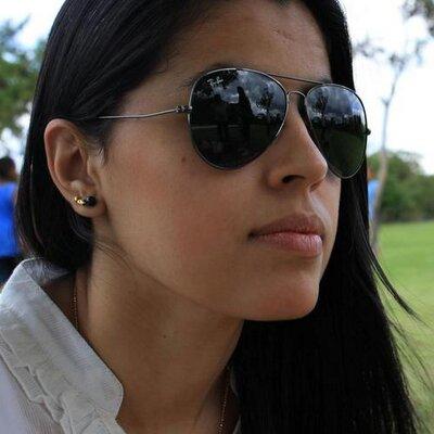 Fernanda Dias | Social Profile