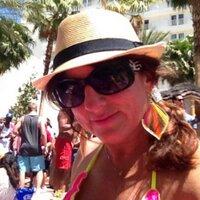 Amy Gusek | Social Profile