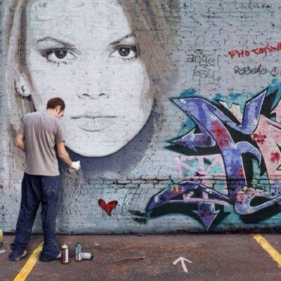 Ana Bernal - Creo ciegamente en un mundo mejor!!!!!
