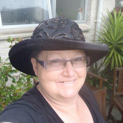 Jenny Williams   Social Profile
