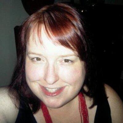 Pauline Lierman   Social Profile