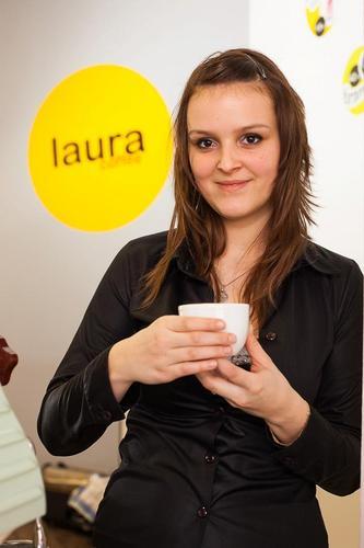 Laura Coffee kavárna