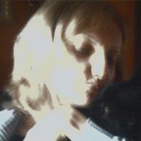 Laura Rossi   Social Profile