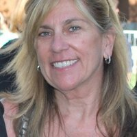 Mimi Slawoff | Social Profile
