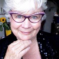 Yolanthe Smit   Social Profile