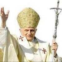 @Papa_Ratzinger