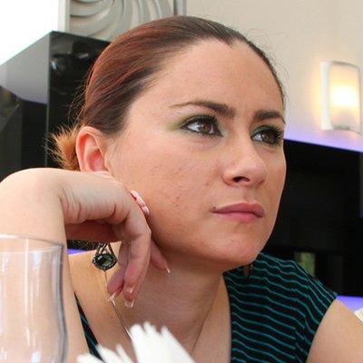 Alina Popescu | Social Profile