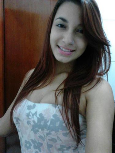 Letícia Duarte Social Profile