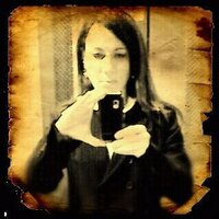 Elena Neira | Social Profile