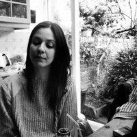 Maria F. | Social Profile