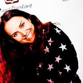 Lauren Kish | Social Profile