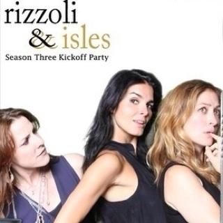 Rizzoli & Isles Social Profile