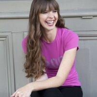 Victoria Stilwell | Social Profile