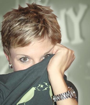 Jelisa Castrodale Social Profile