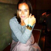Sara Droz | Social Profile