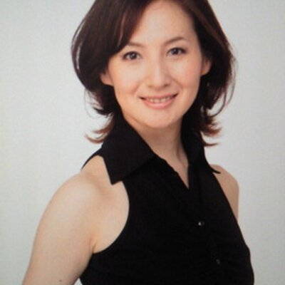 TSUBURA HITOMI 都布良ひと | Social Profile