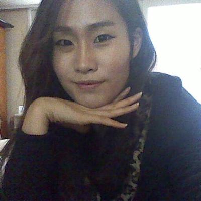 예니 | Social Profile