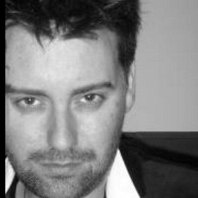 Bren Marc stylist  | Social Profile