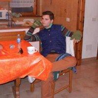 Peter Treloar   Social Profile