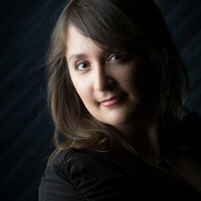 Risa Vinzant | Social Profile