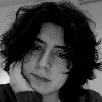 paula simoes | Social Profile